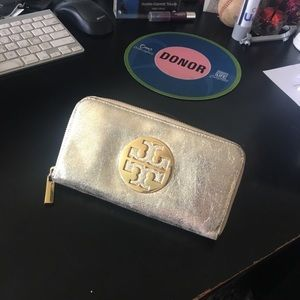 Gold crinkle leather Tory Burch Continental wallet